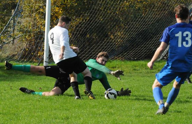 WEEK 10 REVIEW: Round-up of Sunday's league and cup action