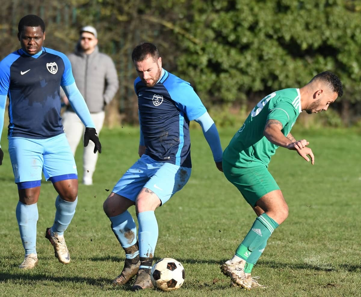 WEEK 18 REVIEW: Round-up of Sunday's league and cup action